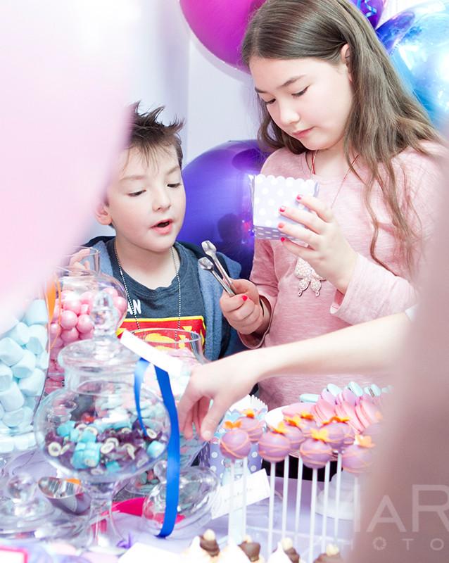 sweets and kids Zena Photography.jpg