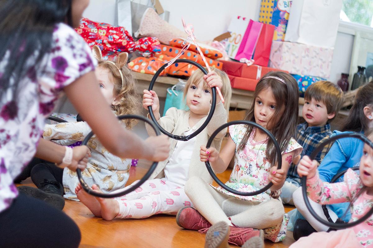 Kids birthday dancing party Zena Photogr