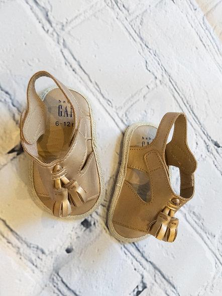 Sandales Baby Gap 6-12 mois