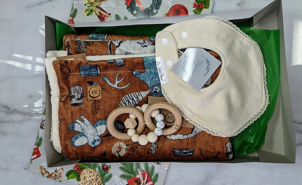Boîte de luxe bébé ocre-vanille (valeur de 82 $)