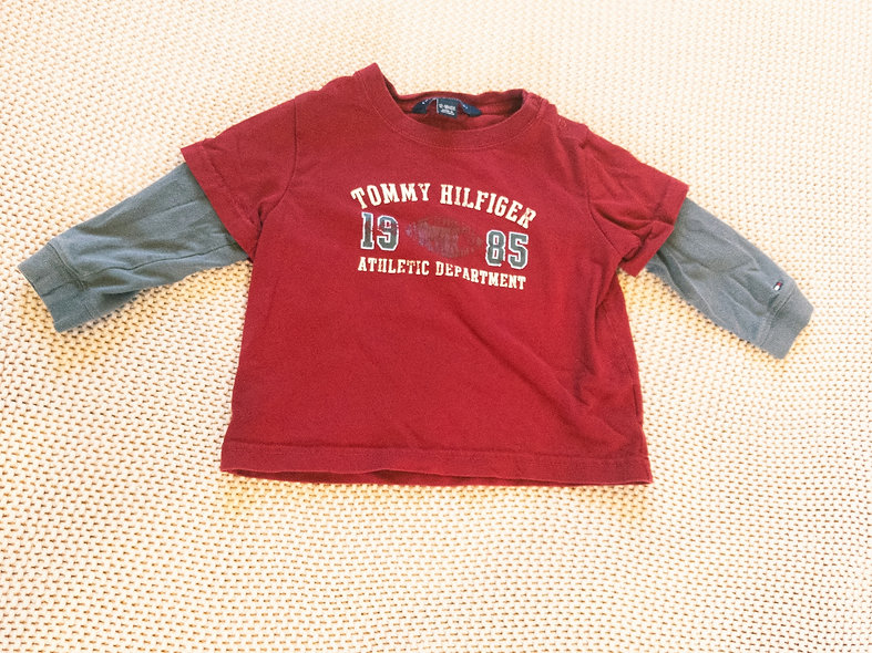 Chandail Tommy Hilfiger 12-18 mois