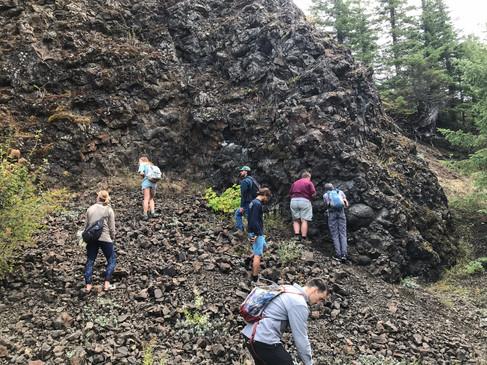 Exploring pillow basalts