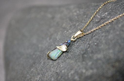 Opal mit Muttergestein