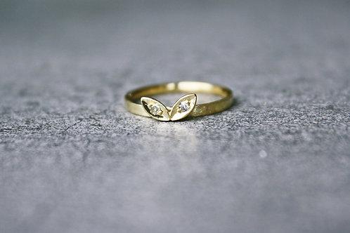 """Ring """"erstes Blattwerk"""""""