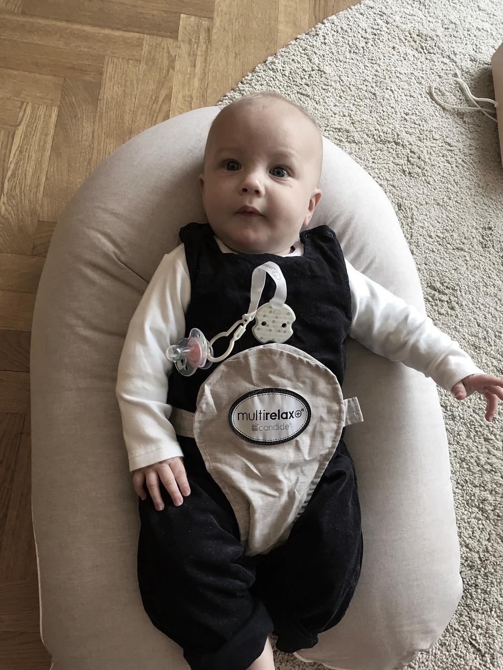 bébé dans mutli relax candide