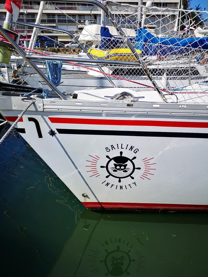 Bateau sailing infinity Manon et Mix