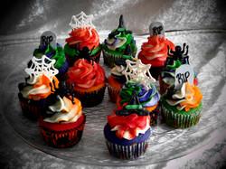 Halloween cupcake 2
