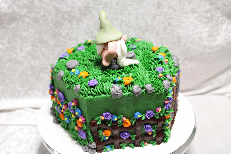 Gnome cake 2