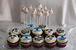 star wars cupcakes and cakepops