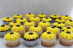 sunflower cupcakes 2