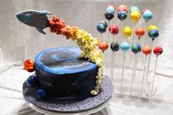 Rocket cake and cake pops