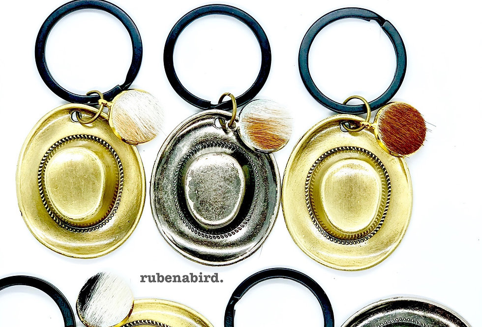 POPULAR! 5pcs x Cattleman Hat and Hide Keyrings