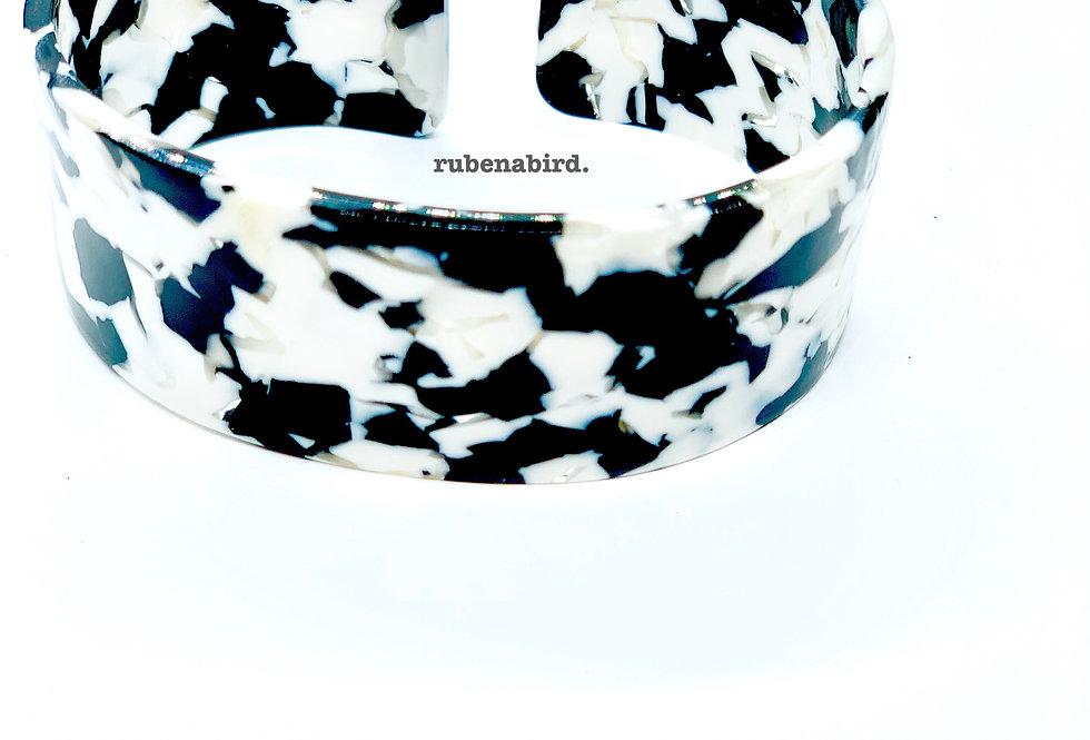 NEW! 5 pcs x Ruby Cuff Bracelet Cowhide Resin