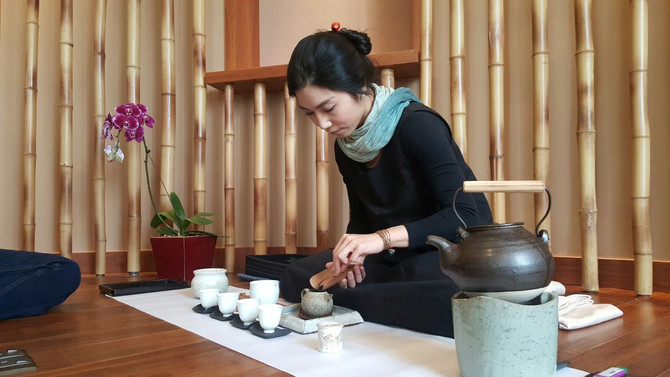 A Gentle Encounter with Tea — Mindful Tea Tasting with Katherine