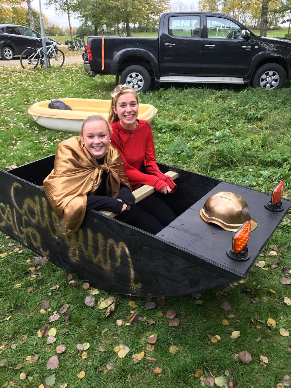 Mari og Monica på Ta sjansen UKA16