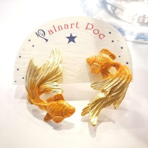 【Palnart Poc/Brough Superior】パルナートポック 金魚イヤリングGD(ゴールドカラー)イヤリング
