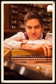 東京ピアノ教室の講師Jacob Koller