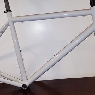 Titanium frame powder coat with carbon fork spray paint