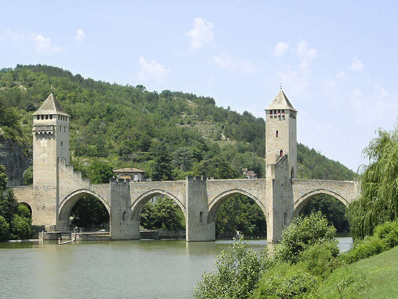 Cahors_Pont_Valentre_01.jpg