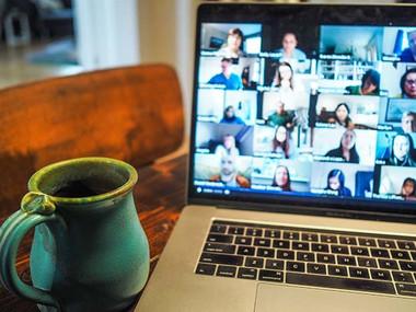 Erasmus na daljavo? Vitualna izmenjava kot orodje spletnega učenja