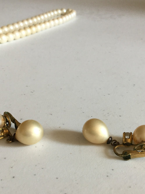 Vintage Double-Pearl Earrings