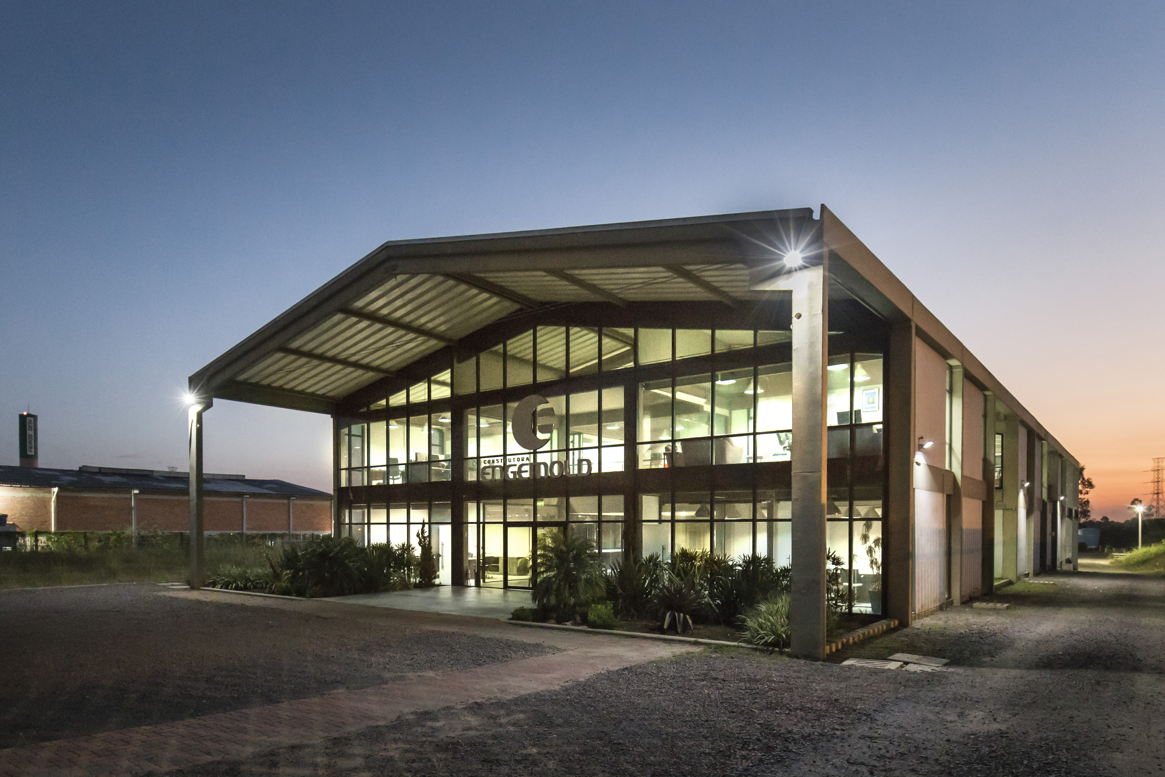 Engemold Headquarters - Facade