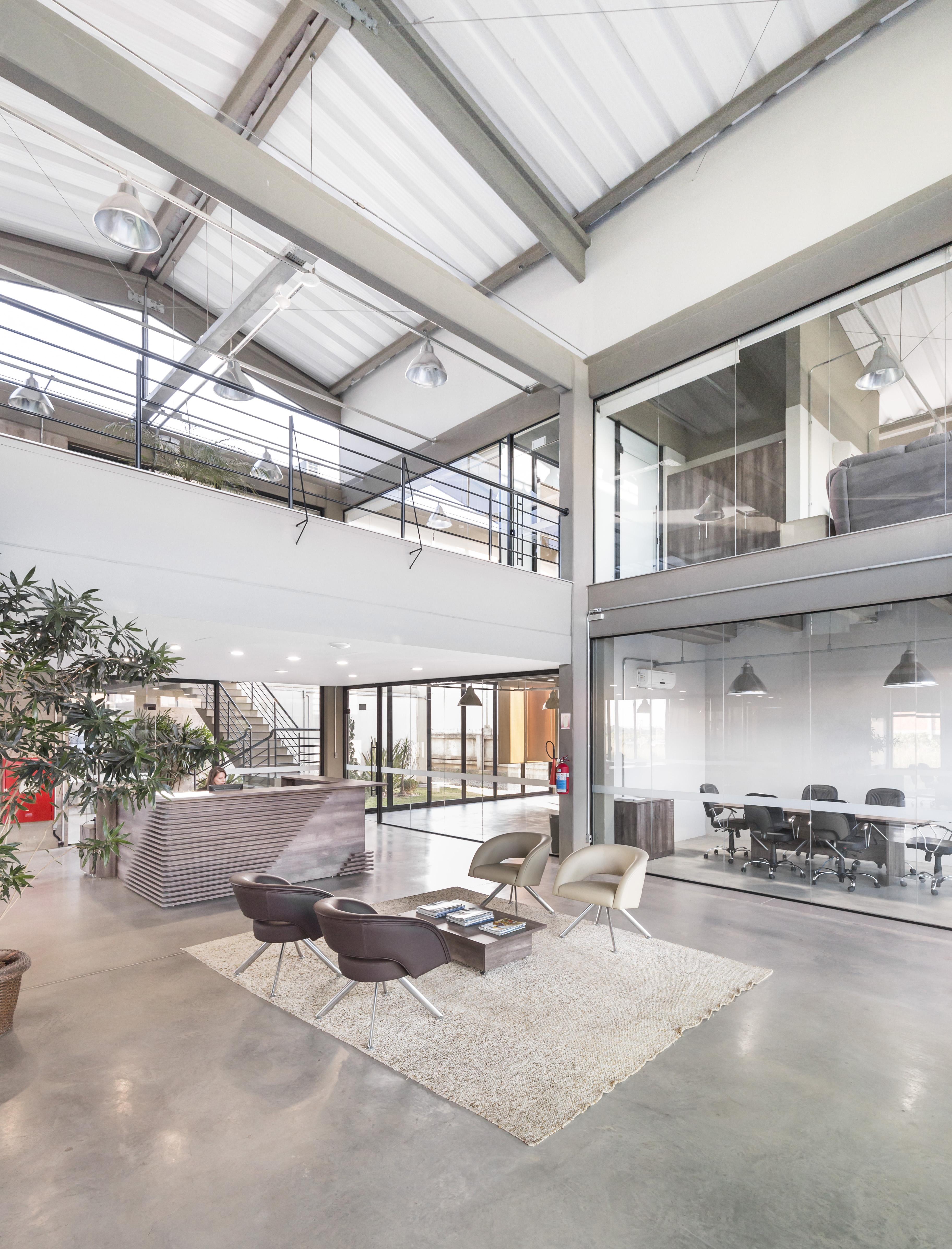 Engemold Headquarters - Hall