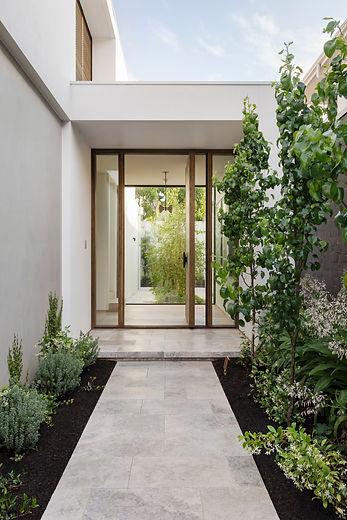 architectural-house-exterior-door-5X9DUP