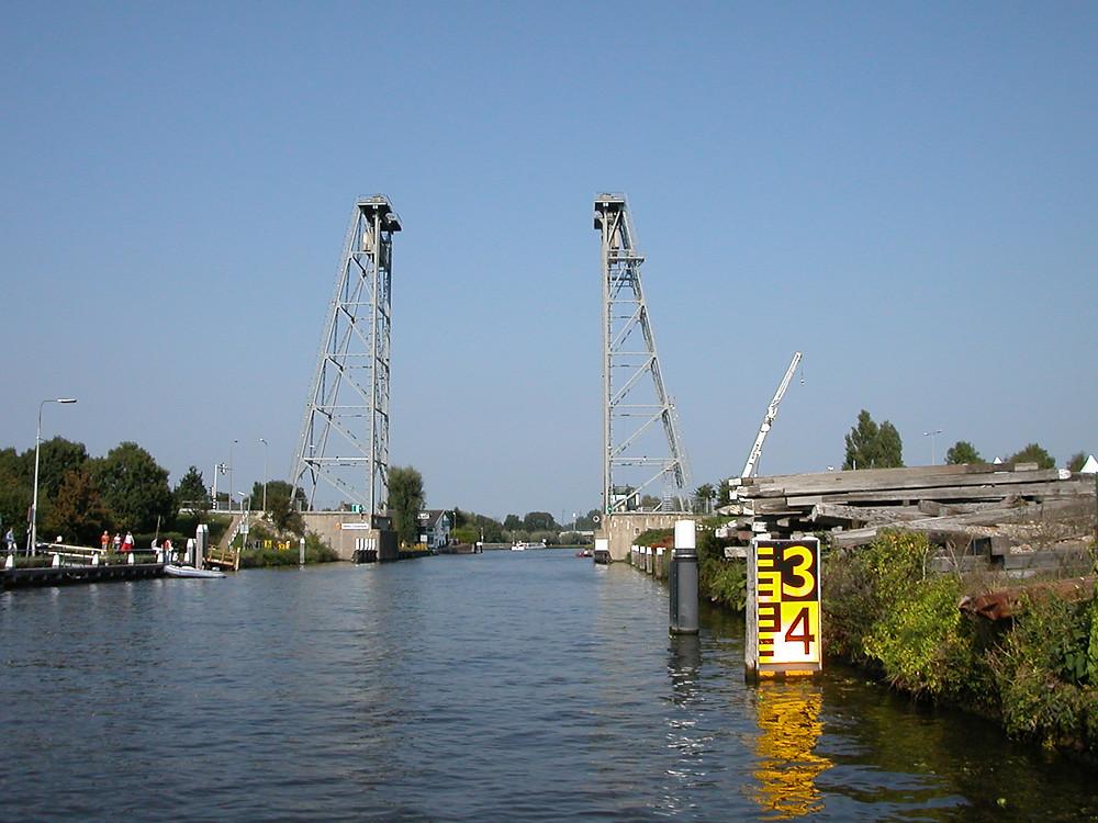 Alphen_aan_den_Rijn_-_hefbrug.jpg