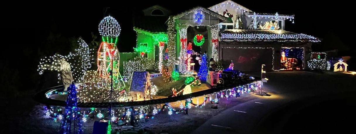 AZ Christmas Light Tour Santa Train Awat