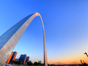 """""""Arch"""" You Glad to be Laundry Free in St. Louis?"""