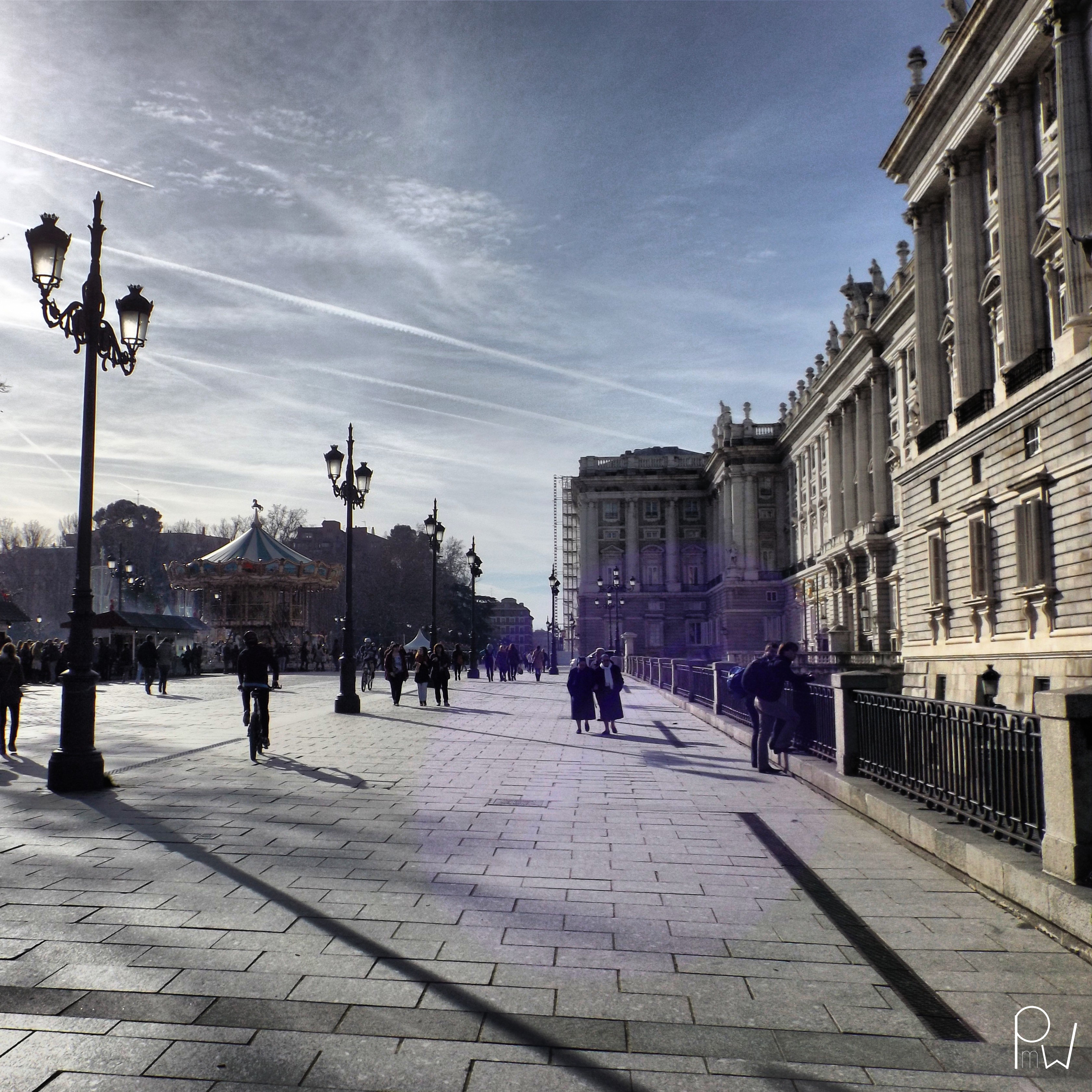Oriente square and Royal Palace
