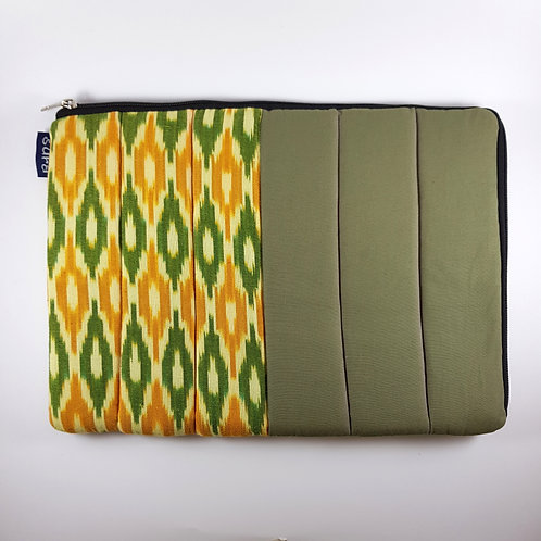 Ikat Laptop Cover - 15""