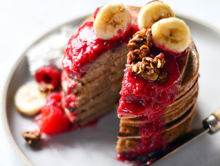 Panqueca Paleo de banana - com apenas 3 ingredientes!