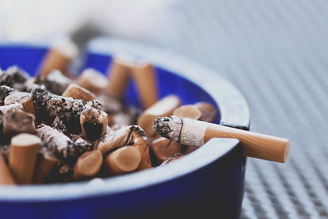 cigarettes-5038775_1920.jpg
