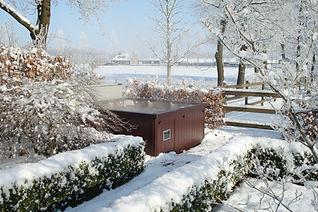 Ulkoporeallas talvella | Sundance® Spas
