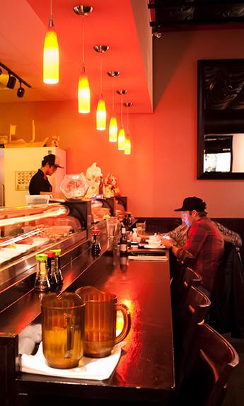 aiyara-sushi-bar-img-345x574.jpg