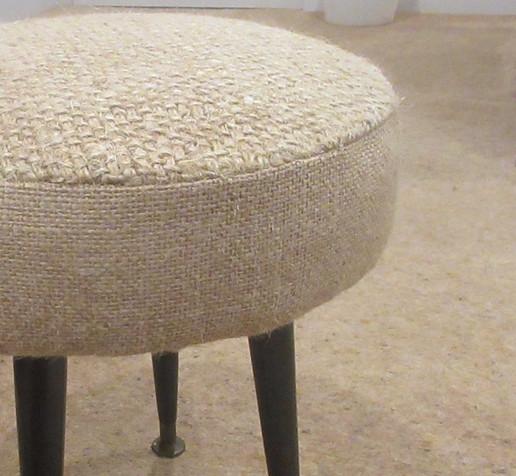 Retro stool