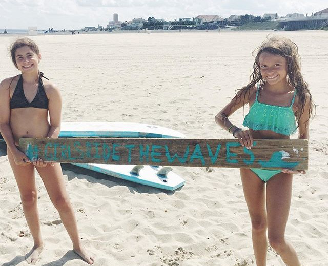 Driftwood art and waves all day long #gi