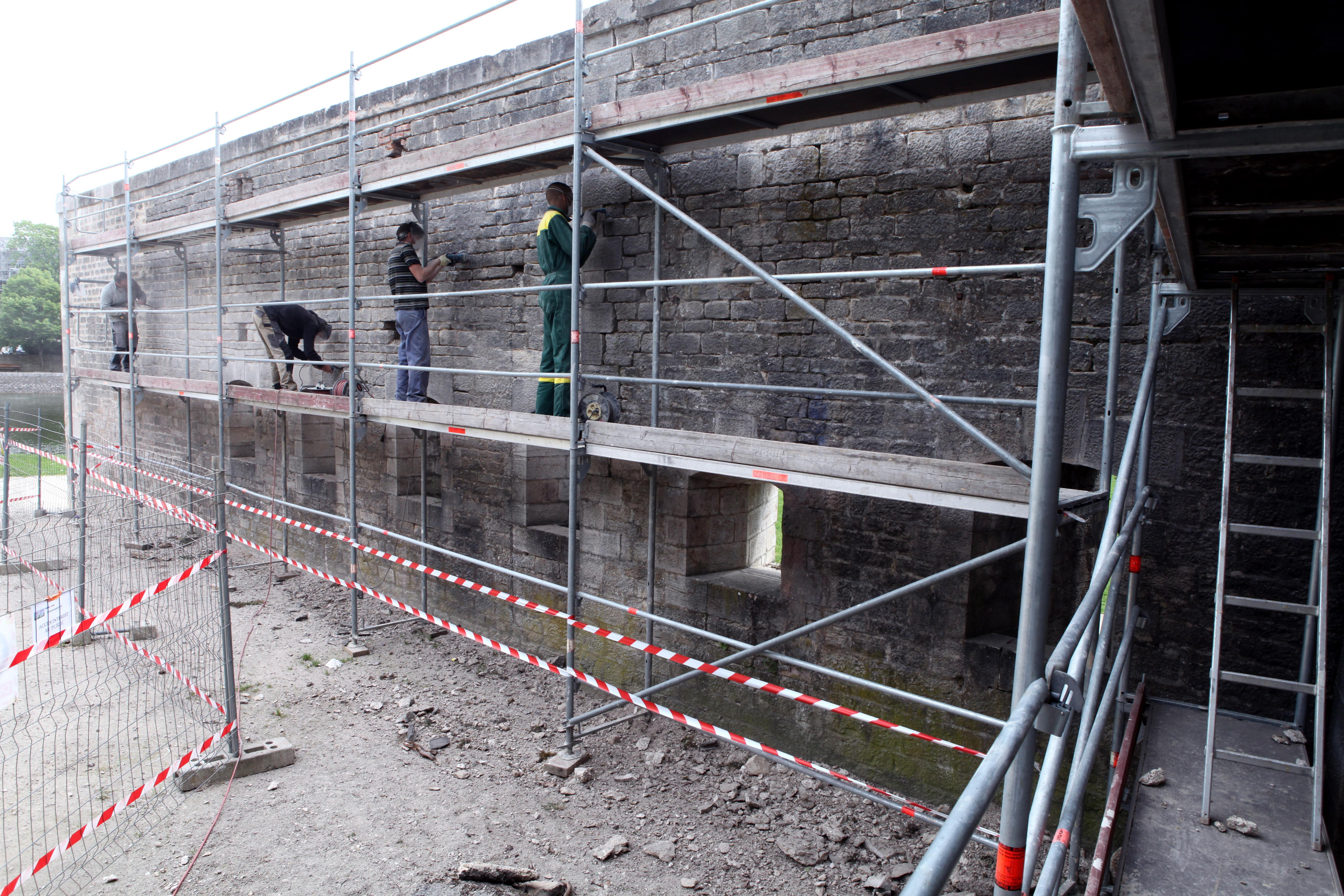 Renovation mur Gare deau