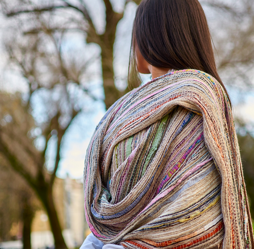 BAMBU stole made of mixed warp of alpaca in natural color merino wool, cashmere and cut silk