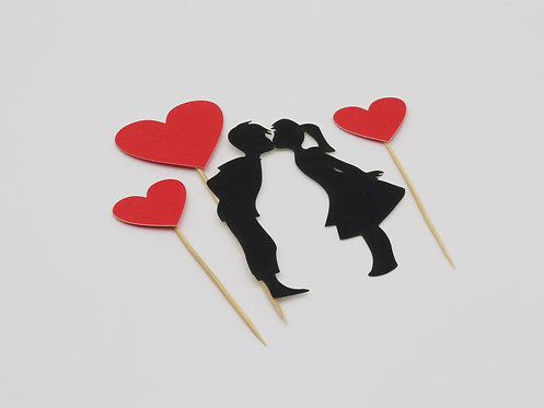 Kissing silhouette & hearts