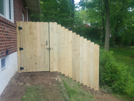 Fences - Custom built vs. Fabricated Panels