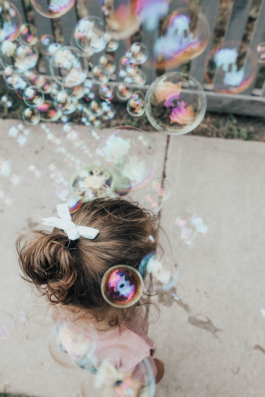 Momzies Blog - Gazillion Bubbles - Funri