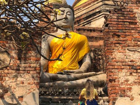A oração na thai massagem