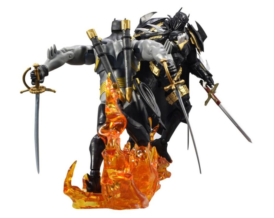 mcfarlane-dc-multiverse-curse-of-the-white-knight-batman-vs-azrael-4.jpg