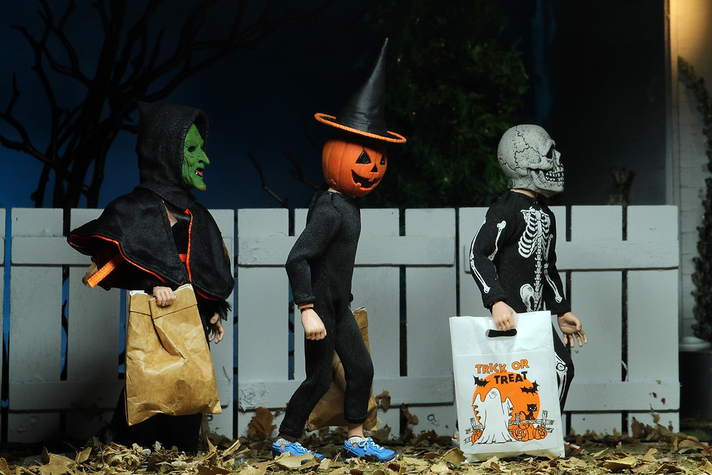 neca halloween 3 season of the witch trick or treater action figures