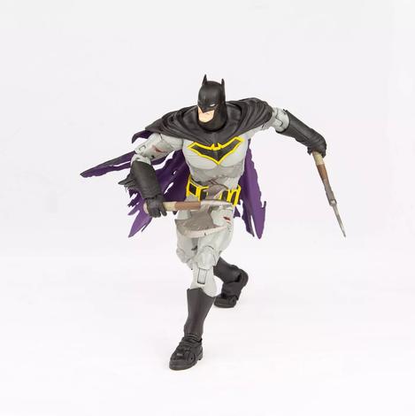 mcfarlane-dc-multiverse-battle-damaged-batman-1.webp
