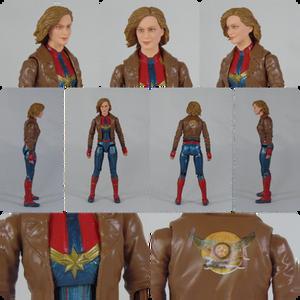 Hasbro Marvel Legends Captain Marvel in Jacket with Goose