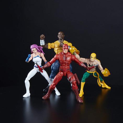 marvel-legends-the-defenders-exclusive-2